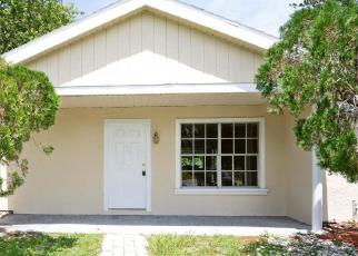 Foreclosed Home en SW KENTWOOD RD, Port Saint Lucie, FL - 34953