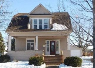 Casa en ejecución hipotecaria in Beresford, SD, 57004,  S 1ST ST ID: F4380210