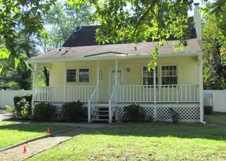 Foreclosed Home in SHERRI LN, Sicklerville, NJ - 08081