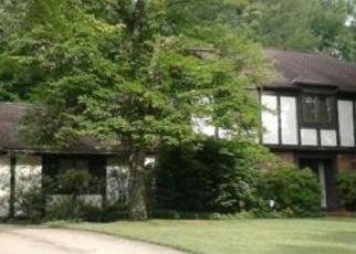 Casa en ejecución hipotecaria in Solon, OH, 44139,  STANSBURY DR ID: F4380748