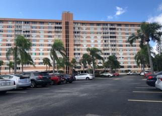 Foreclosed Home in WASHINGTON ST, Hollywood, FL - 33021