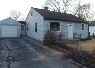 Foreclosed Home in CHARLES AVE, Westerly, RI - 02891