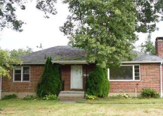 Foreclosed Home in HIGHLAND DR, Waterbury, CT - 06708