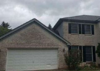 Foreclosed Home in BENNETT DR, Naperville, IL - 60564
