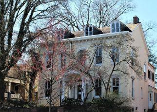 Foreclosed Home en E MAIN ST, Ephrata, PA - 17522