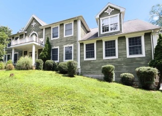 Foreclosed Home in HUNTING RIDGE RD, Stamford, CT - 06903