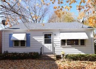Casa en ejecución hipotecaria in Minneapolis, MN, 55417,  34TH AVE S ID: F4382547
