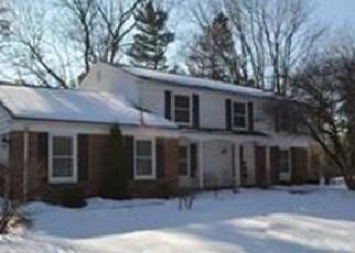 Casa en ejecución hipotecaria in Bloomfield Hills, MI, 48304,  E SQUARE LAKE RD ID: F4382802