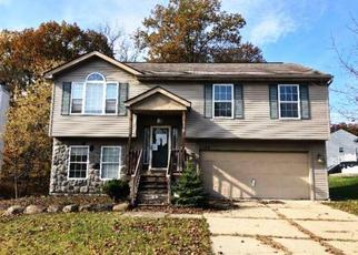 Foreclosed Home en BIRCHWOOD DR, Waterford, MI - 48329