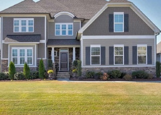 Foreclosed Home in SHARPECROFT WAY, Holly Springs, NC - 27540