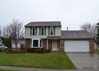 Foreclosed Home in HARBOR RUN LN, Lake View, NY - 14085