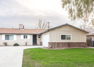Foreclosed Home en WILLIS AVE, Bakersfield, CA - 93306
