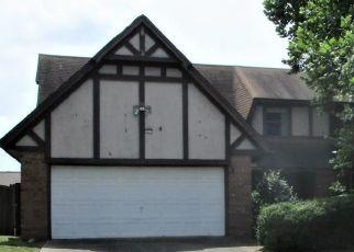 Foreclosed Home in W BOSTON ST, Broken Arrow, OK - 74012