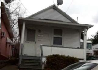 Casa en ejecución hipotecaria in Scranton, PA, 18504,  FELLOWS ST ID: F4384559