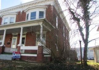 Casa en ejecución hipotecaria in Millersburg, PA, 17061,  UNION ST ID: F4384576