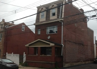 Foreclosed Home en SARAH ST, Pittsburgh, PA - 15203