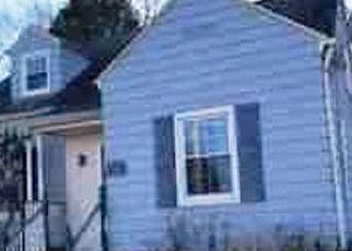 Casa en ejecución hipotecaria in Bristol, CT, 06010,  UPSON ST ID: F4384863