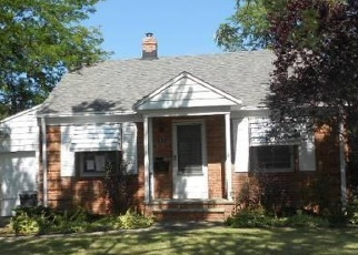 Foreclosed Home en E 326TH ST, Eastlake, OH - 44095