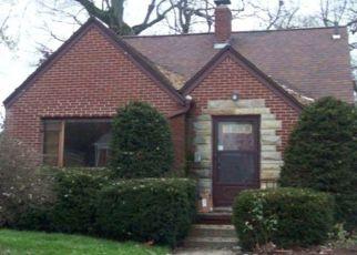 Casa en ejecución hipotecaria in Toledo, OH, 43606,  DOUGLAS RD ID: F4385879