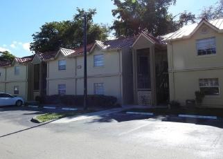 Casa en ejecución hipotecaria in Hialeah, FL, 33015,  NW 68TH AVE ID: F4386336