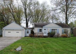 Casa en ejecución hipotecaria in North Olmsted, OH, 44070,  WALTER RD ID: F4386423