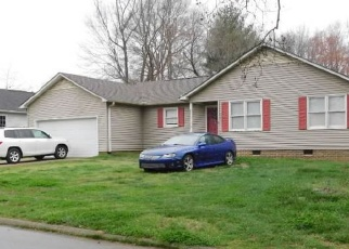 Foreclosure Home in Simpsonville, SC, 29681,  SADDLETREE PL ID: F4387411