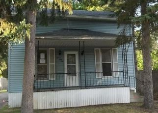 Foreclosed Home en GREENWICH ST, Saginaw, MI - 48602