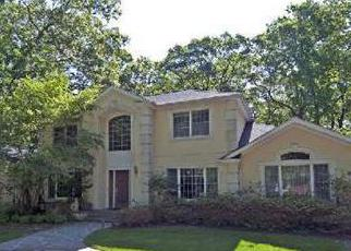 Foreclosed Home in TALL TREE CT, Cold Spring Harbor, NY - 11724