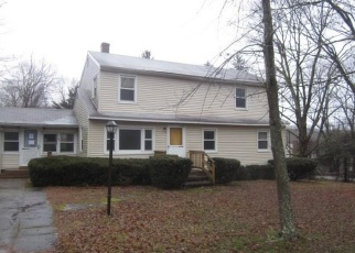 Foreclosed Home en JOHNSON RD, Columbia, CT - 06237