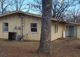 Foreclosed Home in BROADWAY AVE, Bull Shoals, AR - 72619