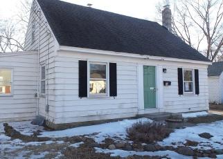 Casa en ejecución hipotecaria in North Haven, CT, 06473,  MONROE ST ID: F4388834