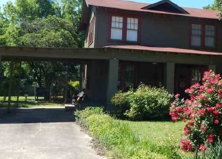 Foreclosed Home in E 15TH ST, Texarkana, AR - 71854