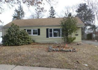Casa en ejecución hipotecaria in East Hartford, CT, 06118,  GREENHURST LN ID: F4389096
