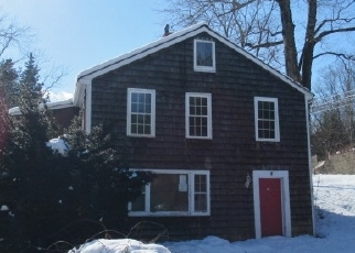Foreclosed Home en YOUNG ST, East Hampton, CT - 06424
