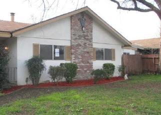 Foreclosed Home en W MYRTLE AVE, Visalia, CA - 93277