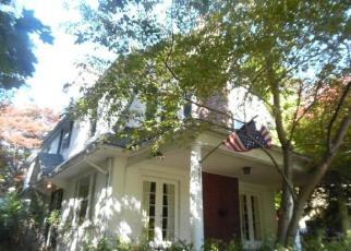 Foreclosed Home en N STERLING RD, Elkins Park, PA - 19027