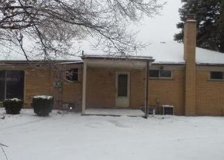 Casa en ejecución hipotecaria in Clinton Township, MI, 48035,  EGAN ST ID: F4389735