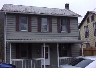 Casa en ejecución hipotecaria in Huntingdon Condado, PA ID: F4389748