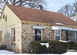 Foreclosed Home in N 88TH ST, Milwaukee, WI - 53222