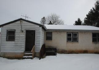 Casa en ejecución hipotecaria in Royersford, PA, 19468,  PENNHURST RD ID: F4389927