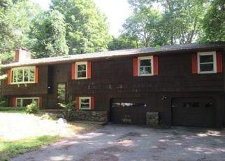 Casa en ejecución hipotecaria in Columbia, CT, 06237,  PINE ST ID: F4390038
