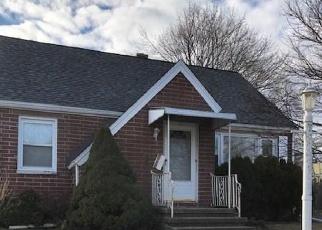 Casa en ejecución hipotecaria in Waterbury, CT, 06708,  LEONE ST ID: F4390280