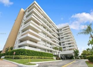 Casa en ejecución hipotecaria in Key Biscayne, FL, 33149,  OCEAN LANE DR ID: F4391274