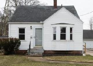 Casa en ejecución hipotecaria in Toledo, OH, 43614,  S DETROIT AVE ID: F4391336