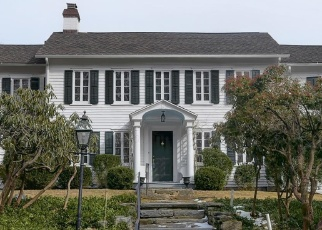 Foreclosed Home in GREENLEY RD, New Canaan, CT - 06840