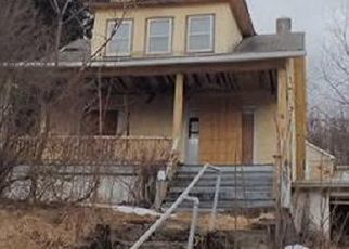 Foreclosed Home en NEWTON RD, Scranton, PA - 18504