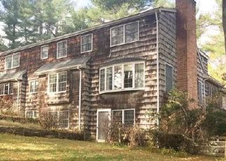 Foreclosed Home en WHITE PINE LN, West Hartford, CT - 06107