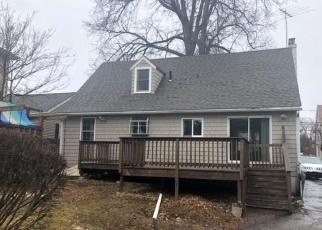 Casa en ejecución hipotecaria in Stamford, CT, 06902,  BURWOOD AVE ID: F4392051