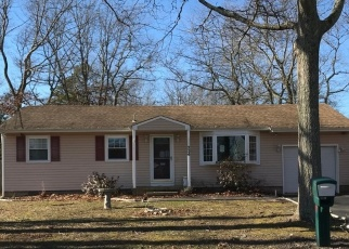 Foreclosed Home in JUNIPER LN, Forked River, NJ - 08731