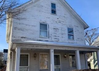 Casa en ejecución hipotecaria in Derby, CT, 06418,  HAWKINS ST ID: F4392061